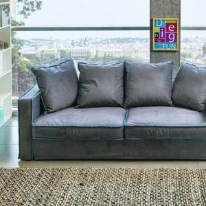 Sofa Grace posiada funkcję spania. Jej głębokie siedzisko zachęca do odpoczynku. Fot. XForm