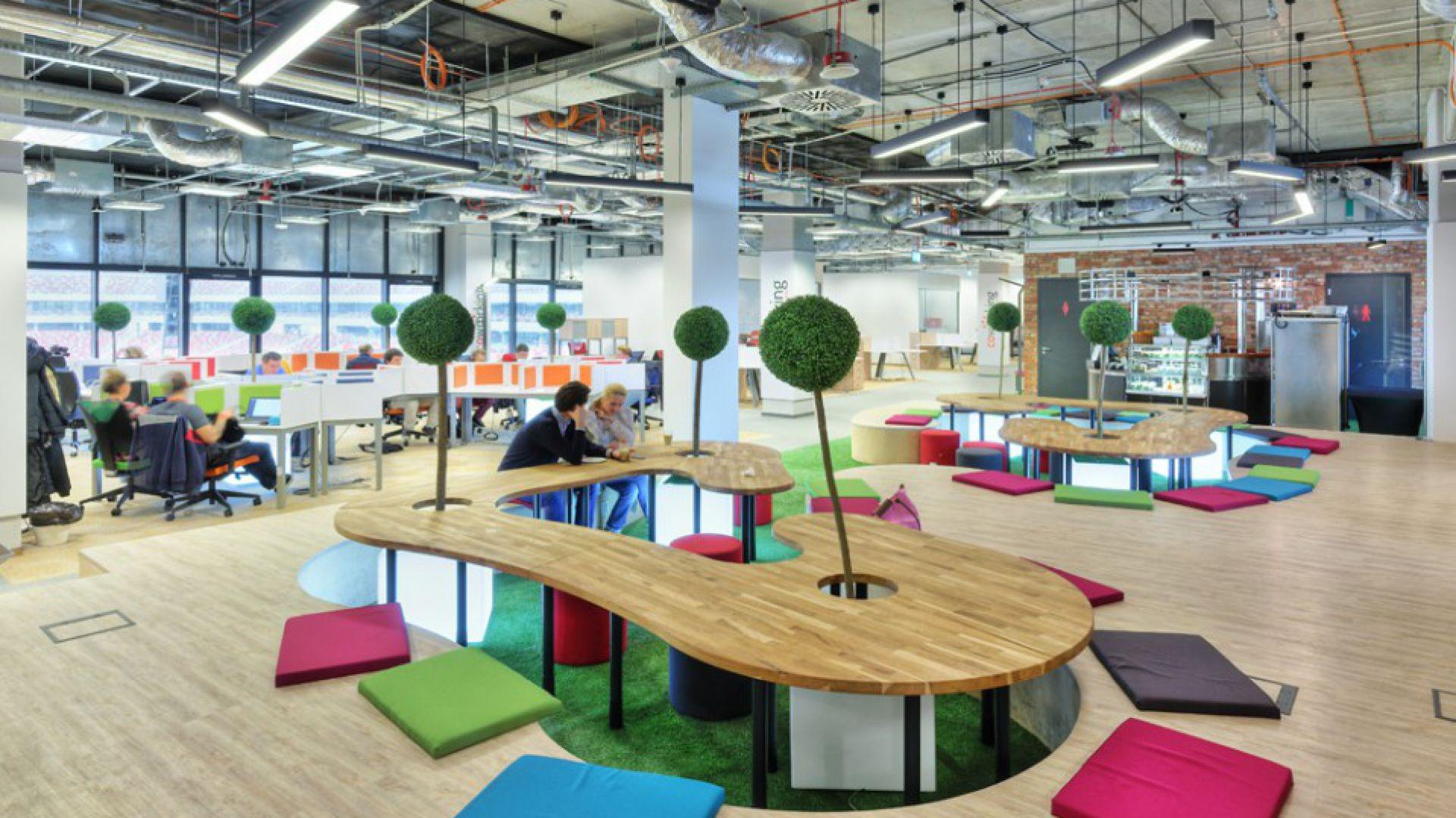 Przestrzeń biurowo-coworkingowa Business Link na Stadionie Narodowym w Warszawie fot. PIK Studio