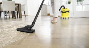 W domu oraz jego otoczeniu nieustannie jest coś do posprzątania. Rozsypane okruszki na podłodze, czy bałagan w przydomowym warsztacie. Na szczęście są odkurzacze, które z nieporządkiem rozprawią się w mig.