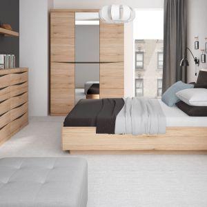 Kolekcja Summer oferuje pojemną szafę i łóżko z pojemnikiem na pościel. Fot. Meble Wójcik