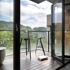 Projekt Unbond, to wnętrze apartamentu położonego w malowniczej scenerii Taipei na Tajwanie. Projekt: JC Architecture. Fot. Kevin Wu