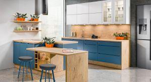 """Trendsetterzy już ogłosili, że kuchnia przestała przypominać """"laboratorium"""", w którym za minimalistycznymi frontami skrywaliśmy wszystkie kuchenne przybory i akcesoria."""