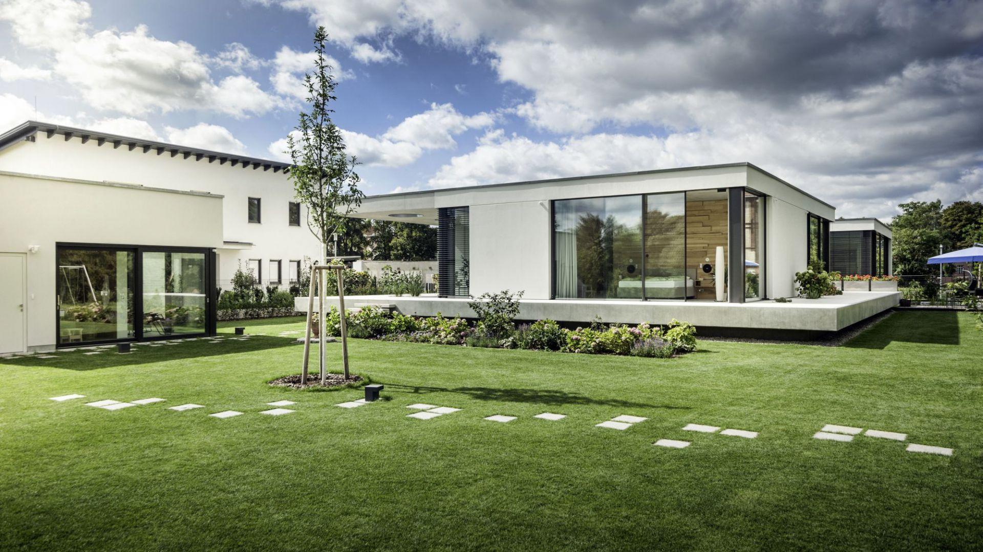 Duże przeszklenia to  najnowszy trend w architekturze. Fot. Schüco