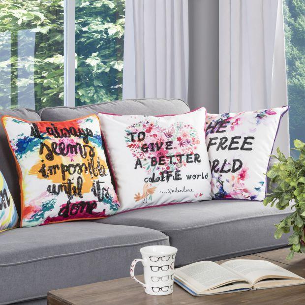 Modny salon - wybieramy poduszki dekoracyjne