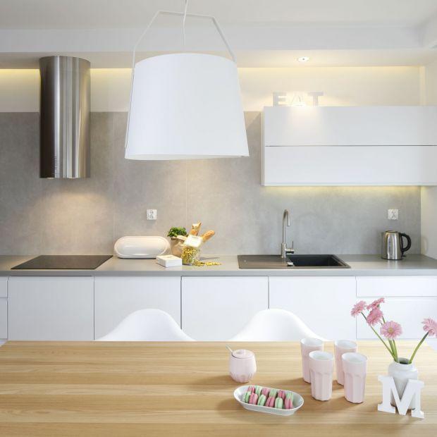 Nowoczesna kuchnia: 20 pomysłów na wykończenie ściany nad blatem
