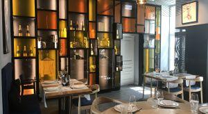 Restauracja Pańska 85 zadebiutowała na kulinarnej mapie Warszawy na początku roku i od razu zyskała aprobatę wśród smakoszy stolicy. To miejsce gdzie tradycja łączy się <br />z nowoczesnością a stereotypowe podejście do kuchni chińskie