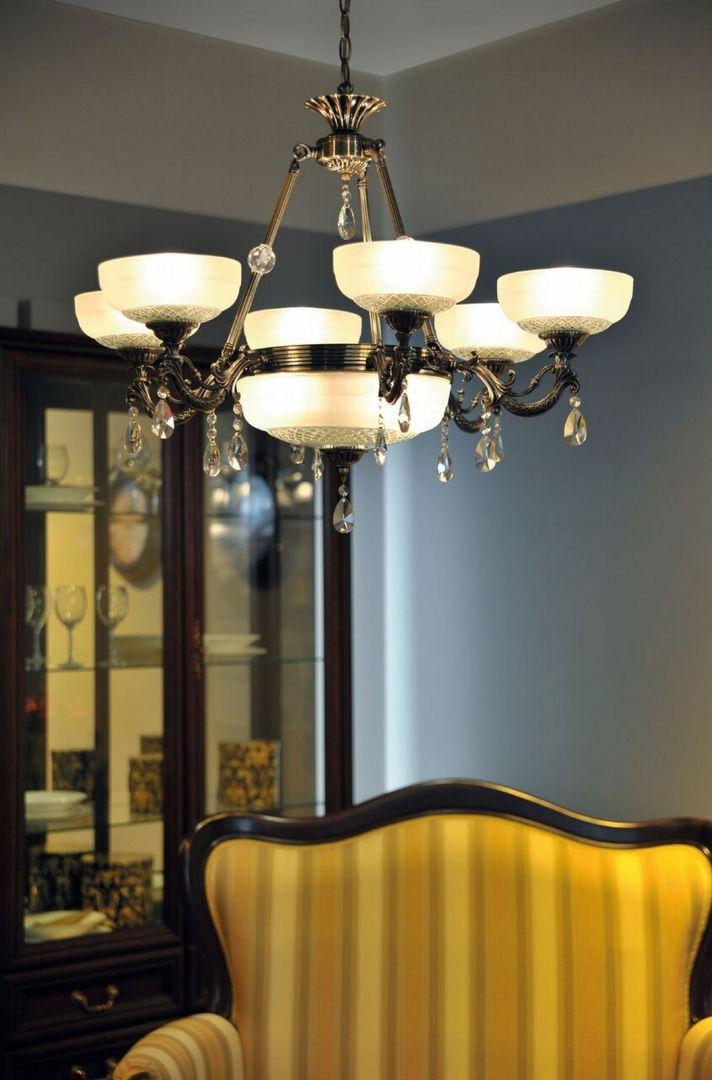 Oświetlenie Do Salonu Klasyczne żyrandole Galeria Dobrzemieszkajpl