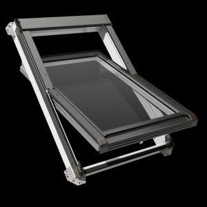 Okno obrotowe IGO E2 przeznaczone do kuchni lub łazienki. Fot. Okpol