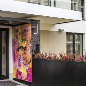 Efekt ryflowany Baumit CreativTo budynek mieszkalny osiedla Żoliborz Artystyczny w Warszawie. Fot. Baumit