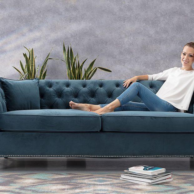 Meble do salonu: sofy i fotele Chesterfield w nowoczesnej odsłonie