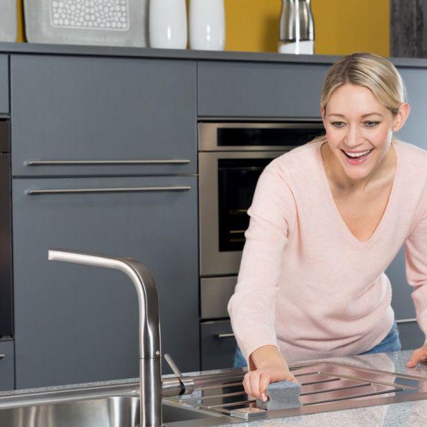 Naczynia kuchenne. Jak przywrócić blask przypalonym garnkom