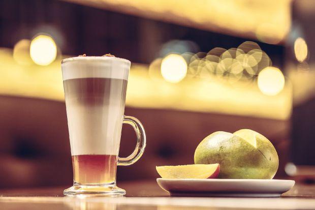 Kawa jak z kawiarni przygotowywana w domu za pomocą naciśnięcia guzika. Puszysta pianka, która przekona do kawy mlecznej każdego wielbiciela małej czarnej.