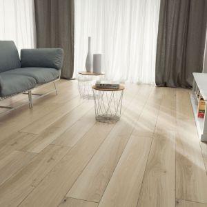 Kolekcja Wood Block, płytki gresowe Wood Block Beige. Fot. Tubądzin/Korzilius