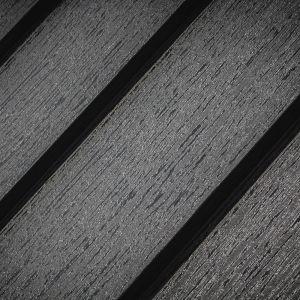 Panel dachowy Retro Pladur Relief Wood firmy Blachotrapez. Fot. Blachotrapez