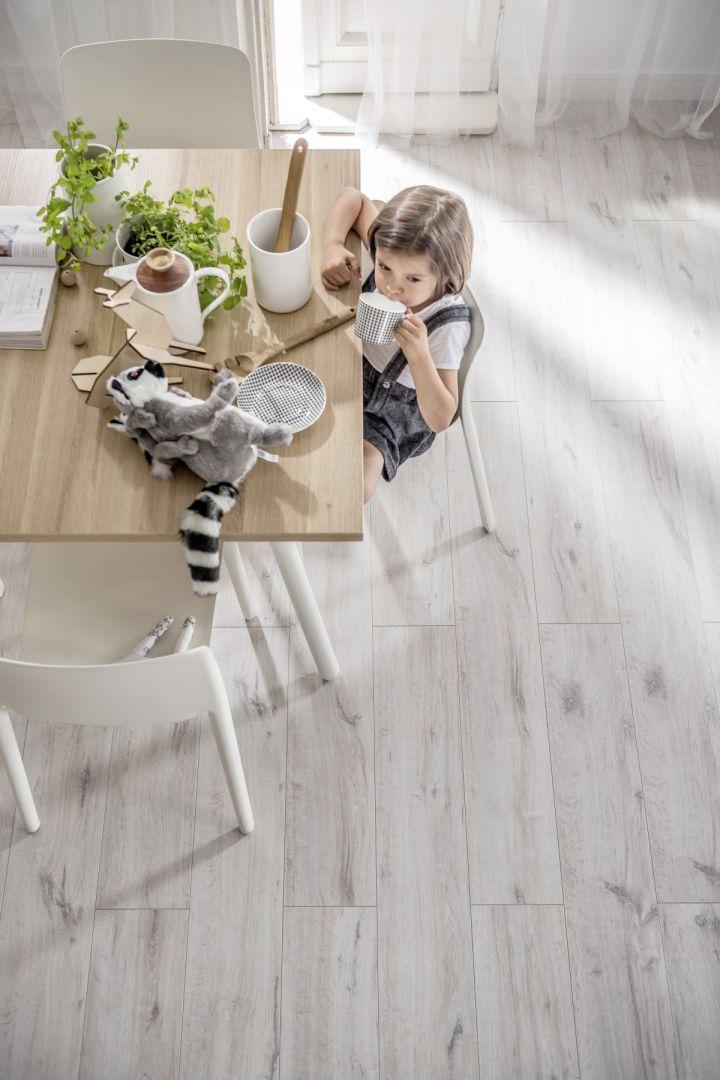 Aranżacja wnętrza: panele na podłogę. Fot. VOX