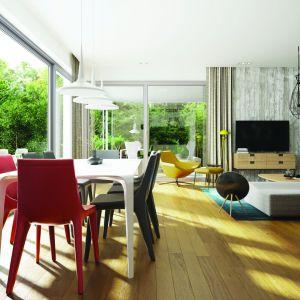 Otwarte, świetliste pomieszczenia, a ponadto zestaw sprawdzonych rozwiązań funkcjonalnych sprawiają, że codzienne użytkowanie domu jest prawdziwą przyjemnością. Dom EX 17 W2 Energo Plus. Projekt: Artur Wójciak. Fot. Pracownia Projektowa Archipelag