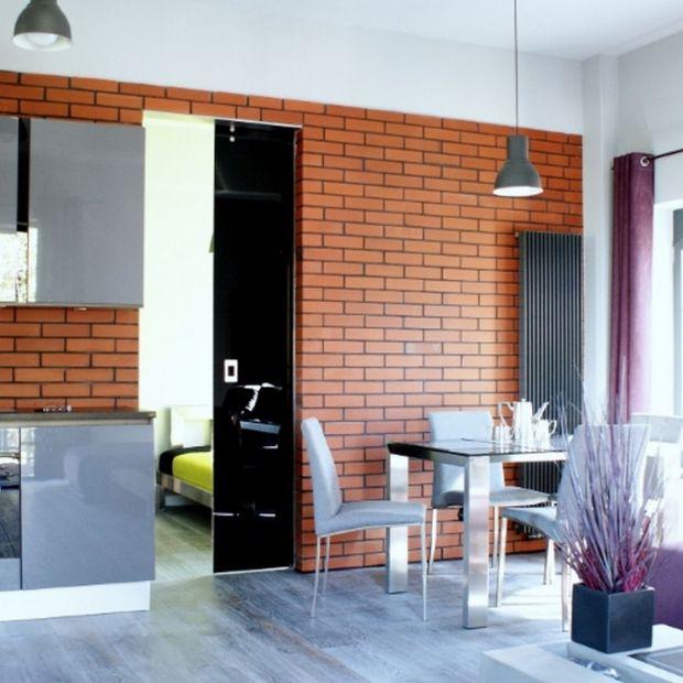 Systemy przesuwne: ciekawy pomysł na szklane ściany i drzwi