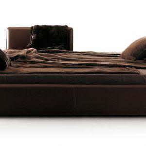Łóżko Maybe można zamienić w mebel dzienny. Fot. Mood-Design