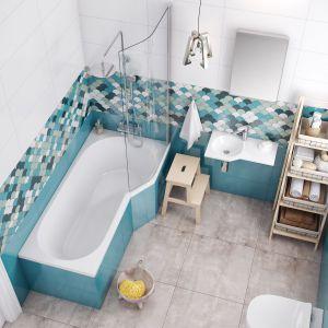 Be Spot to wanna akrylowa z wydzieloną strefę prysznicową do kompletowania z parawanem o kształcie dopasowanym do wanny. Fot. Excellent
