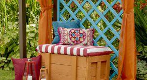 Koniec lata nie musi oznaczać, że przydomowy ogród, również ten na tarasie lub balkonie, stanie się smutny i ponury. Niezawodne będą kolorowe jesienne rośliny, które wystarczy połączyć z prostymi dekoracjami w intensywnych odcieniach farby og