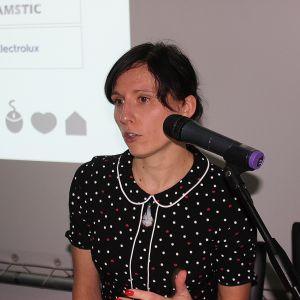 Anna Spalony reprezentująca CAD Projekt C&A