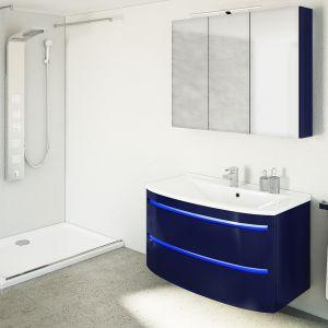 Kolor w łazience - kolekcja mebli łazienkowych Dynamic Plus, www.devo.pl. Fot. Devo