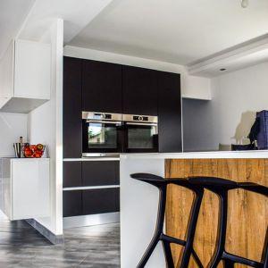 Podłoga w kuchni: wykładzina winylowa. Fot. Pexels