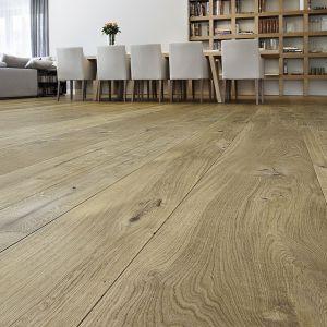 Drewniana podłoga ułożona na ogrzewaniu podłogowym. Fot. Marchewka Schody - Podłogi - Wnętrza