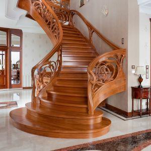 Schody drewniane. Fot. Marchewka Schody - Podłogi - Wnętrza