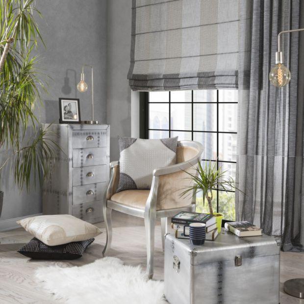 Dekoracja okien - sprawdź wady i zalety rolet i załon