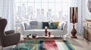 Salon w stylu minimalistycznym, inspirowany dżunglą lub w modnych, intensywnych kolorach – jeśli nie możesz zdecydować się na jeden styl, nic nie stoi na przeszkodzie, aby wybrać wszystkie.