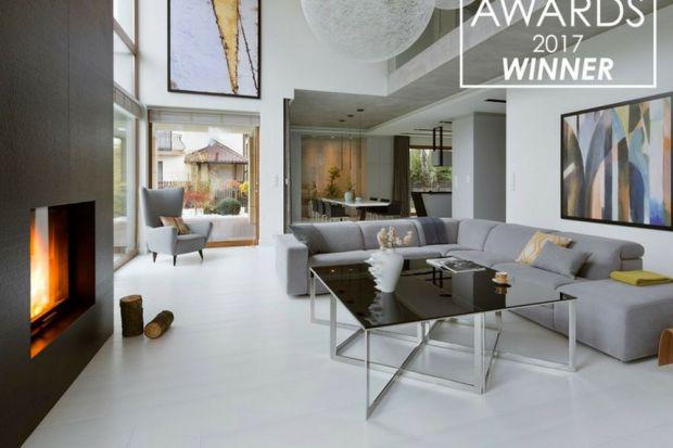 Projekt polskiej pracowni HOLA Design zwyciężył w prestiżowym konkursie architektonicznym The International Design & Architecture Awards 2017. Dom zaprojektowany dla pięcioosobowej rodziny okazał się najlepszą realizacją w kategorii Livin