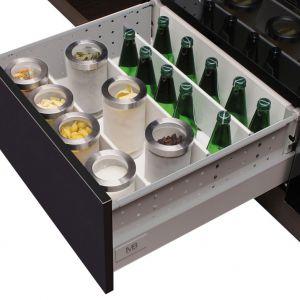Szuflada Modern Box przenosi duże obciążenia dlatego jest doskonała do przechowywania butelek. Fot. GTV