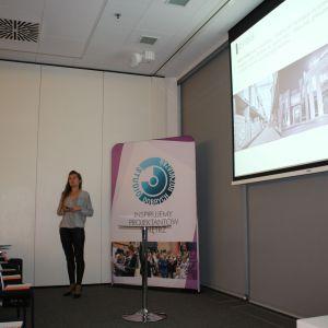 Prezentacja firmy New Trendy prowadzona przez Aleksandrę Nowocień