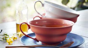 Nowy, niezwykły projekt w formacie XL to porcelanowa filiżanka z barwionej porcelany.