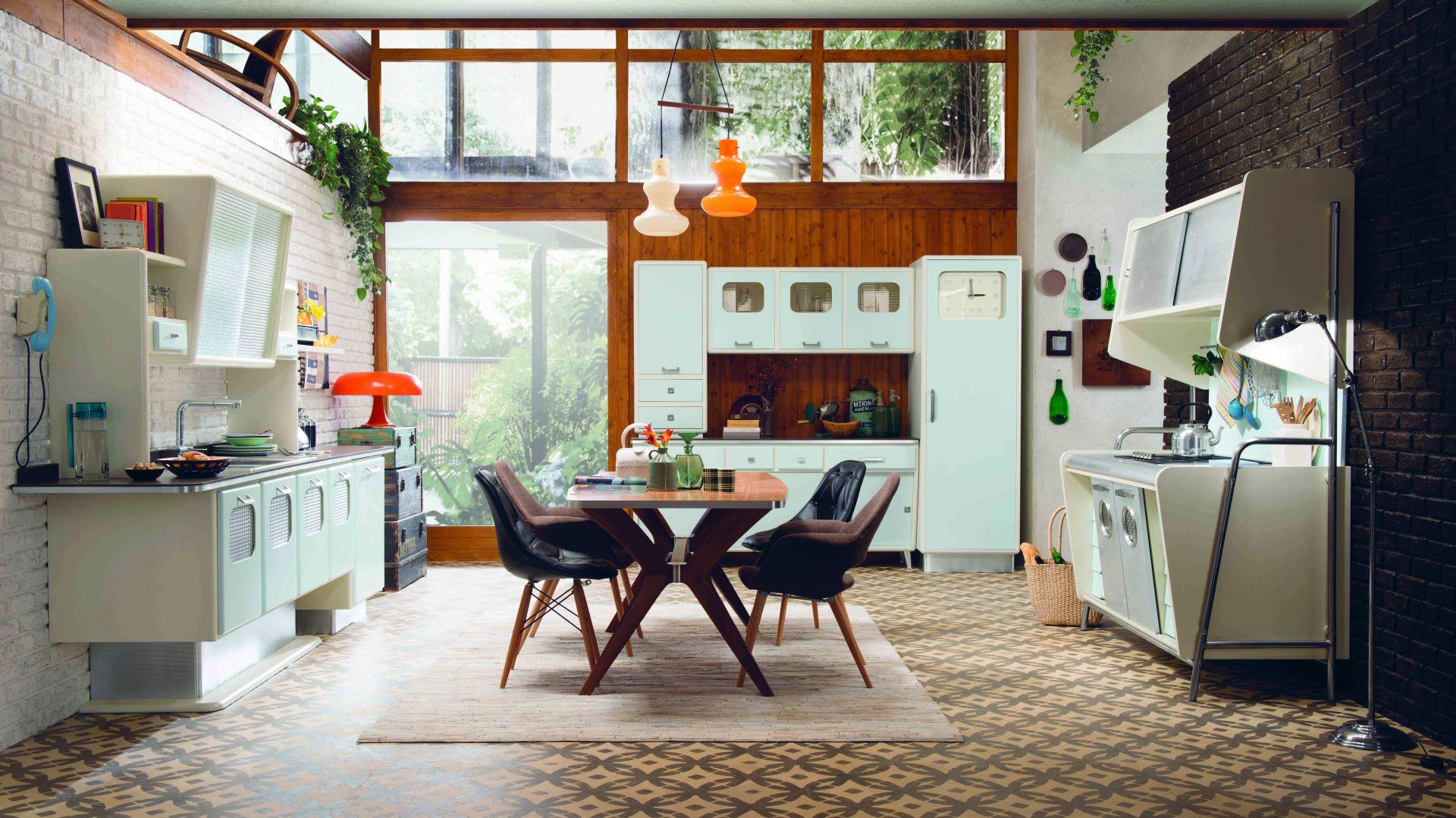 Kuchnia Saint Louis nawiązuję do kreacji przestrzeni kuchennych z lat 50. ub.w. Fot. Marchi Cucine