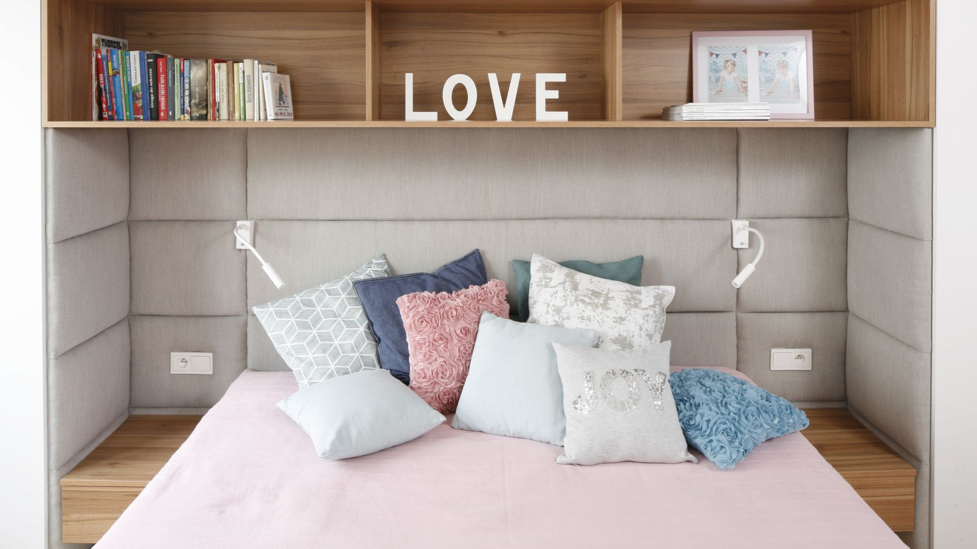 Modna Sypialnia Zobacz Jak Wykończyć ścianę Za łóżkiem