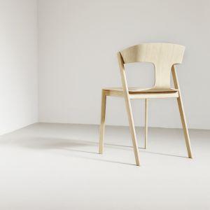 Krzesło Trioh (Becker Brakel - 8.Design Forum).  Fot ARDE design studio