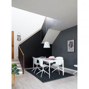 Stół Torino dla marki BoConcept. Fot ARDE design studio
