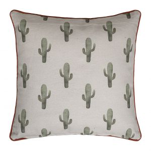 Poduszka Cactus marki Bloomingville ma nadrukowany modny wzór kaktusa. Fot. Sfmeble
