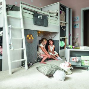 Multiłóżko Nest zapewnia wszystko czego dzieci potrzebują. Miejsce do wypoczynku oraz zabawy. Fot. Vox