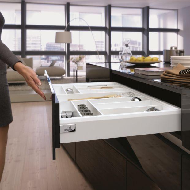 Wyspa w kuchni - zaplanuj wygodne szuflady