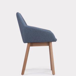 Krzesło Tuk dla marki Paged. Projekt:Studio Szpunar. Fot. Paged