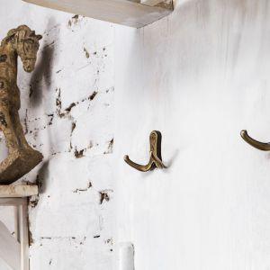 Designerskie wieszaki są nie tylko praktyczne, ale stanowią ozdobę mieszkania. Fot. Gamet S.A.