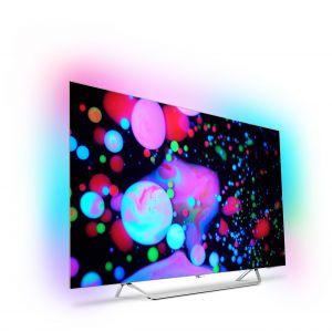 Telewizor OLED 9002 z systemem Ambilight dopasowuje się nie tylko do wyświetlanych na ekranie treści, ale także do wnętrza. Fot. Philips