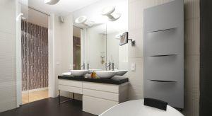 Lustro to nieodłączny element łazienki. Pełni nie tylko rolę praktyczną, ale i estetyczną.