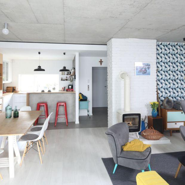 Salon z kuchnią i jadalnią: 20 pięknych zdjęć
