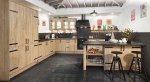 Nowoczesna kuchnia może być nie tylko piękna, ale może też urzekać naturalnym urokiem i ciepłą atmosferą.