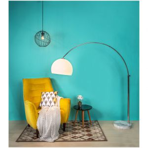 Lampa podłogowa Vision, lampa wisząca Orbita, dywan Aster. Fot. Agata S.A.