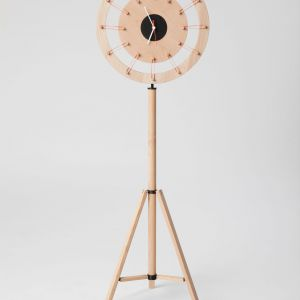 Zegar Rubber Band Clock.  Fot. Poorex